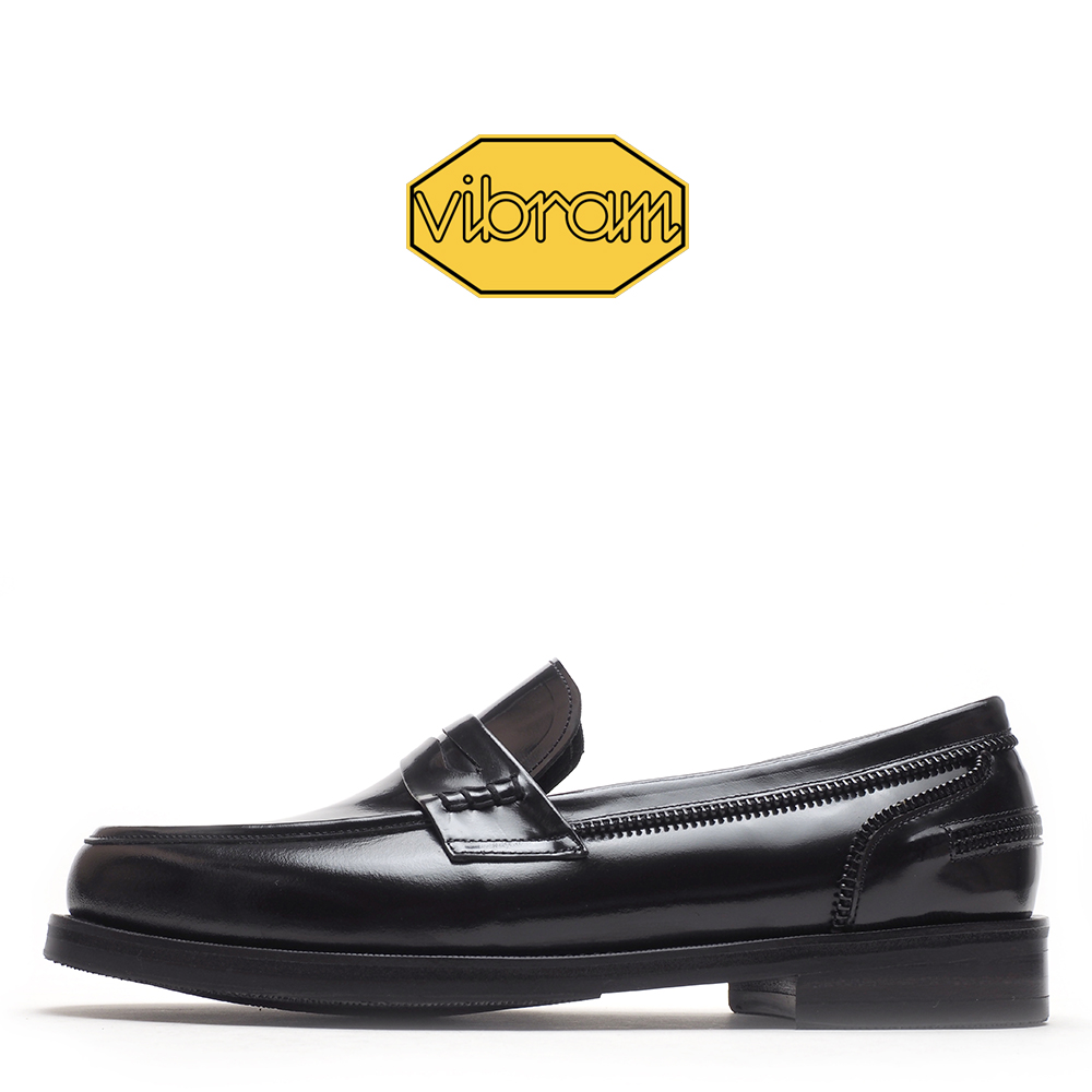 2222-04 / Black CR Box / Vibram05 / 2012